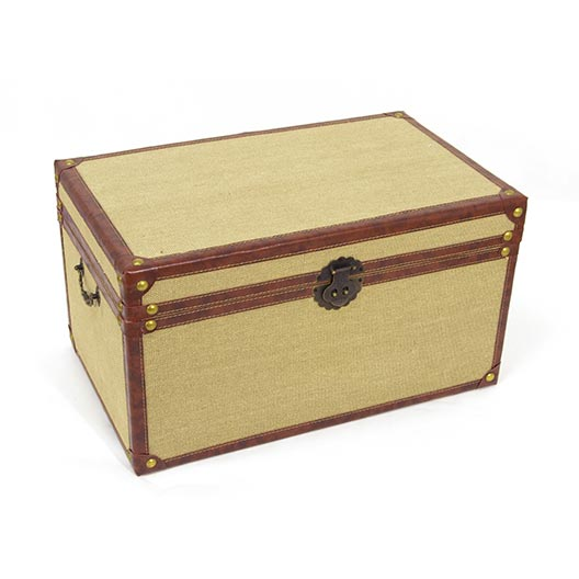 burlap lined medium-large trunk