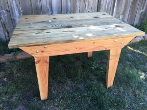 4-ft farm table for rent