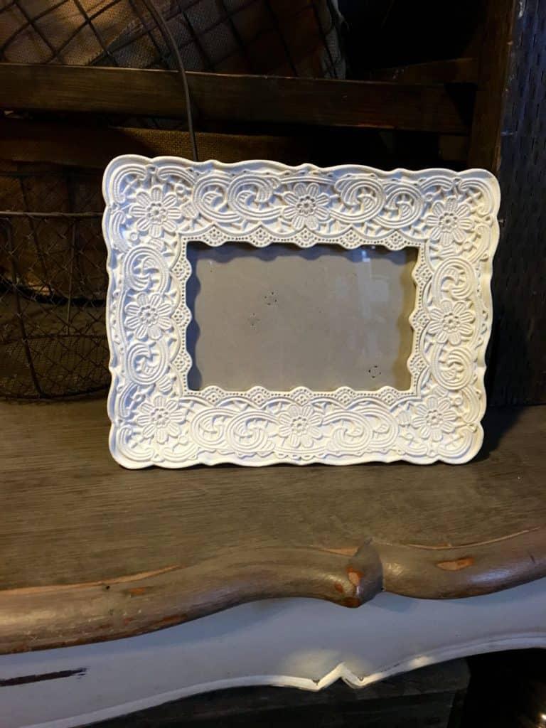 white floral frame for rent
