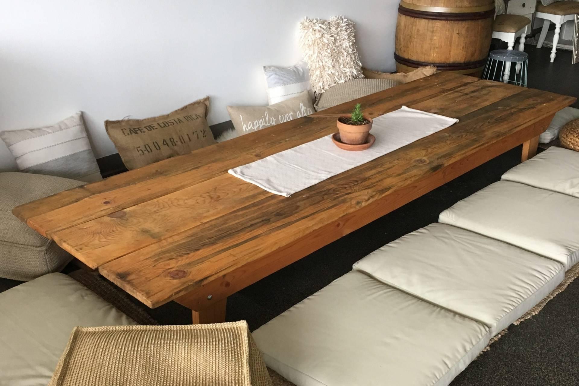 low farm table rentals